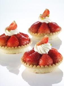 frontseite-dessert-erdbeertoertli